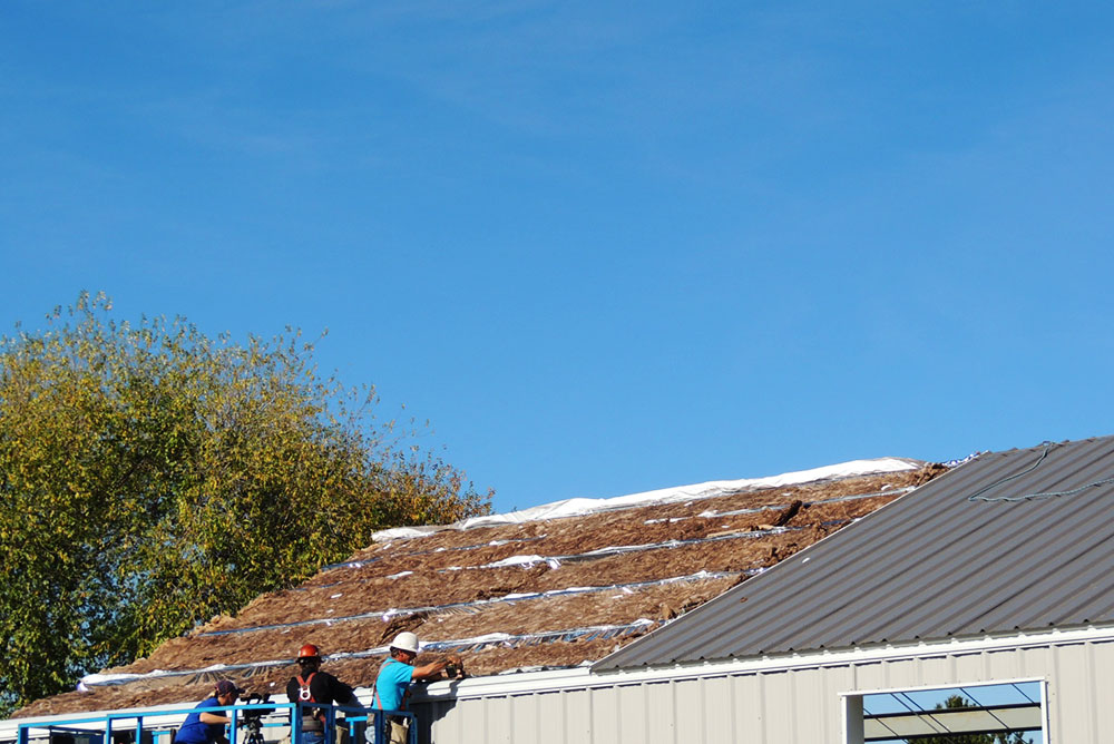 metal-building-roof-insulation